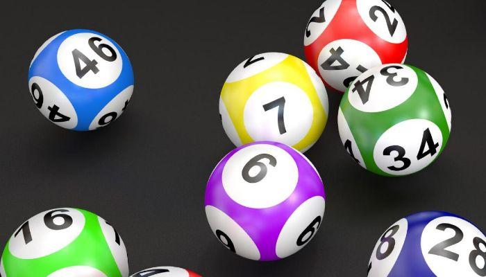 Xét theo các giải xổ số nếu trong 1 giải mà xuất hiện 3 số liền nhau và trùng đầu