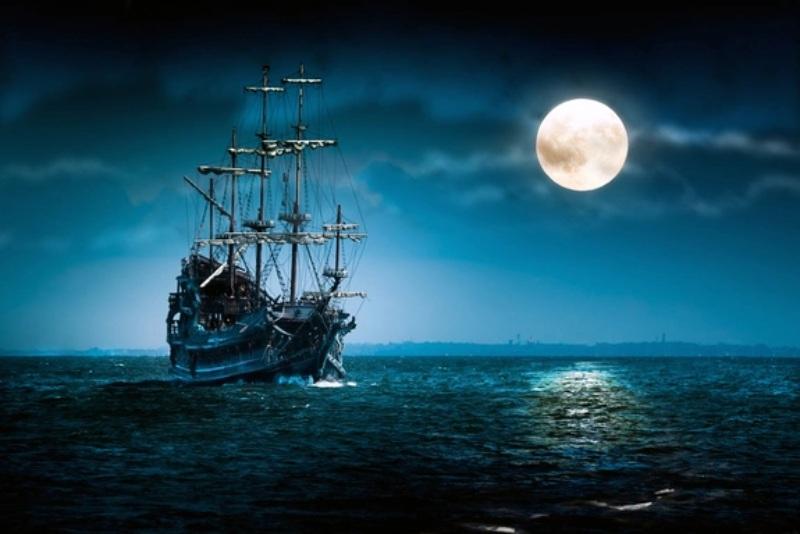 Mộng thấy hình ảnh một con tàu ma tức là điềm báo sau một thời gian dài chịu vất vả mọi chuyện đã khởi sắc