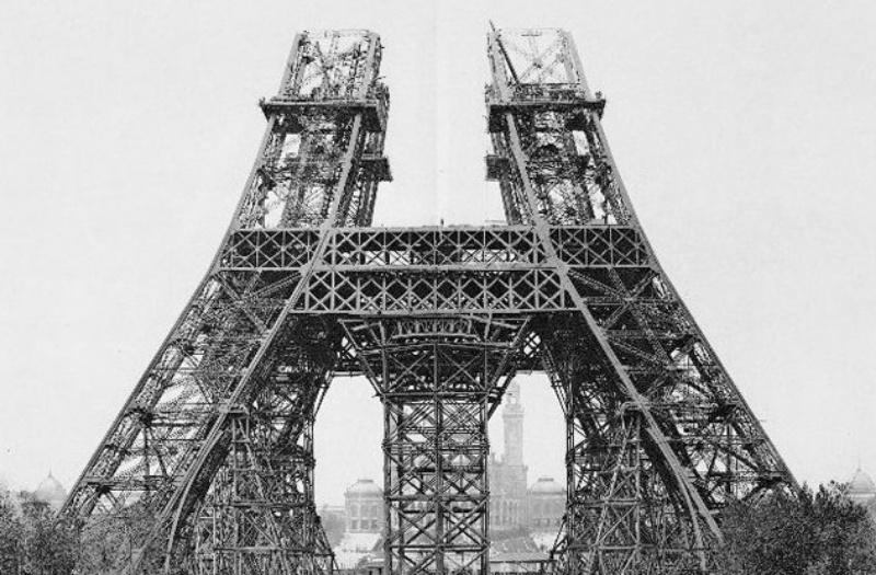 Chiêm bao tháp Eiffel biến mất ẩn chứa nhiều điều không may