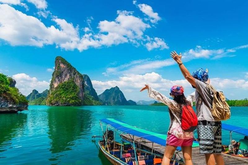 Giấc mơ đi du lịch cho thấy chủ mộng là người thích sự tự do và luôn muốn khám phá thế giới bên ngoài