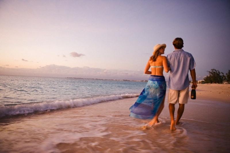 Trong mơ đi du lịch biển cùng người yêu, con số may mắn là 67 - 76