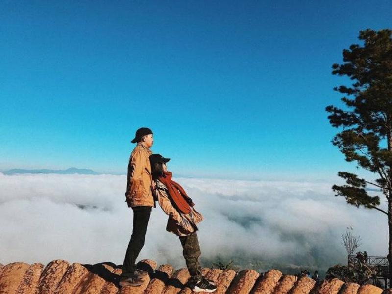 Mơ đi du lịch cùng người yêu đánh con gì để phát tài?